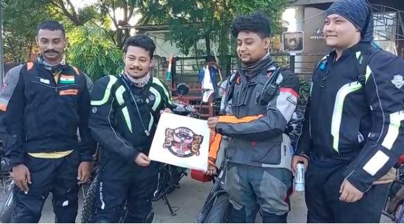 Black Hawk Rovers riders to Ladakh