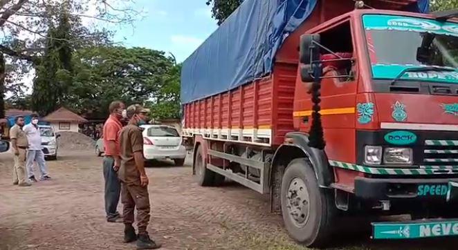 Assam Excise Department seized a truck, which was carrying Arunachali Liquor from Arunachal